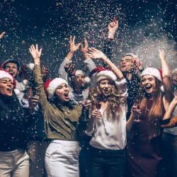 MOST ELEGANT MATERNITY CHRISTMAS WEARS